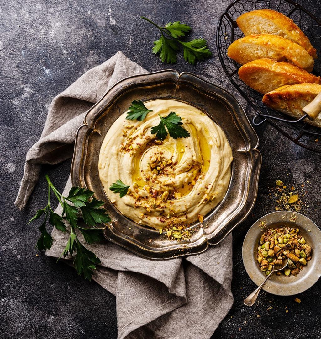 Хумус с фисташками